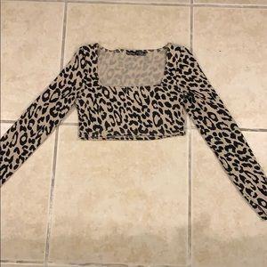 Cheetah longsleeve crop top